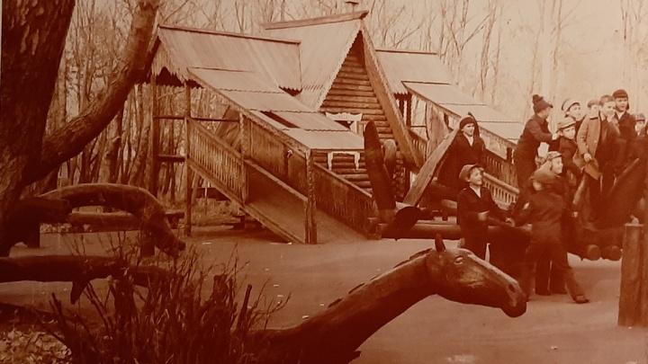 «Сказочный городок»: северодвинец показал деревянные дворы своего детства и объяснил, почему это круто