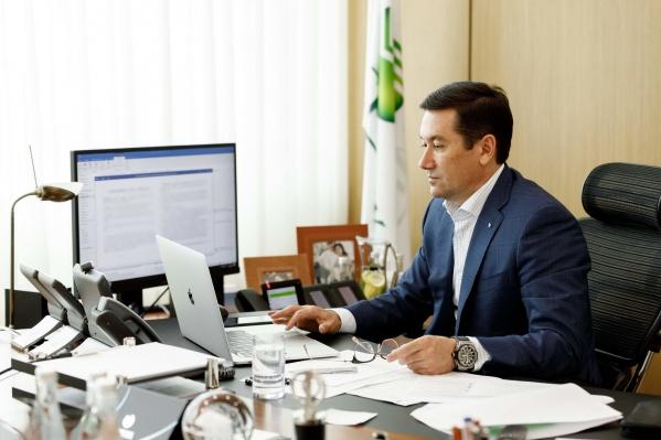 Председатель ЮЗБ Сбербанка Евгений Титов ведет работу через интернет