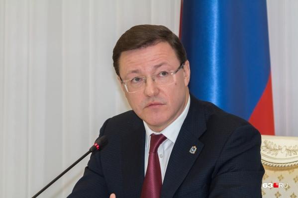 Дмитрий Азаров: «Возможно, мы в кратчайшие сроки создадим условия для снятия первого этапа ограничений уже по всей территории Самарской области. Как только такая возможность появится, будем принимать решение»