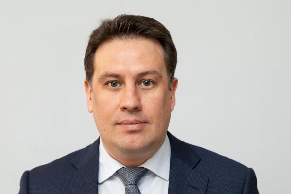 В последние годыЕвгений Автушенко часто менял места работы