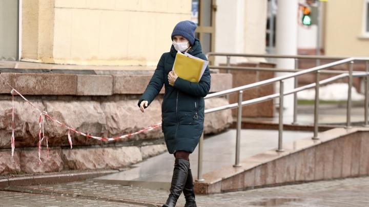 В Кемерово COVID-19 заболели 42 человека. Рассказываем, где еще выявили новые случаи заболевания