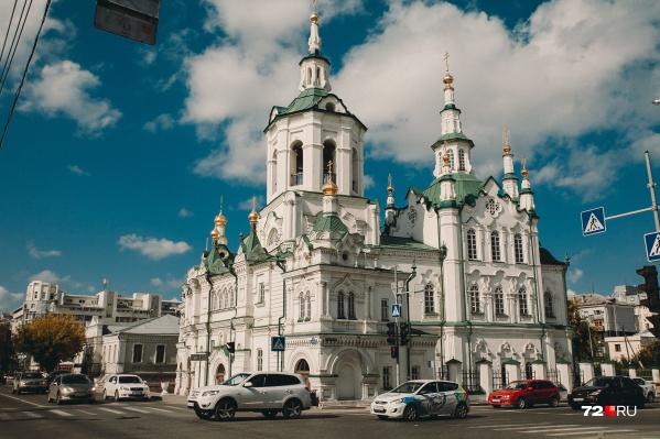 Пасху православным придется отмечать дома