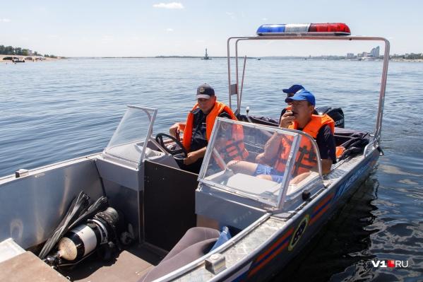 На поиски мужчины вышли спасатели