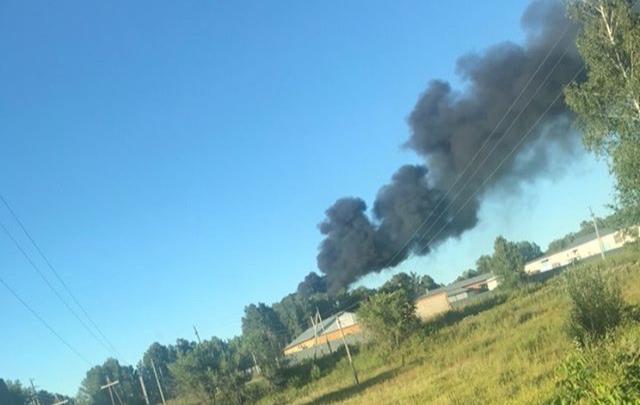 Под Новосибирском поднялся столб чёрного дыма: в МЧС объяснили, что произошло