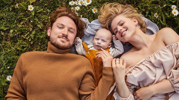 «Так вышло»: у сына уральского депутата и актрисы Саши Бортич родился ребенок