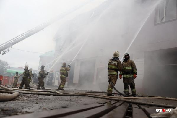 Пламя тушили больше 4 часов