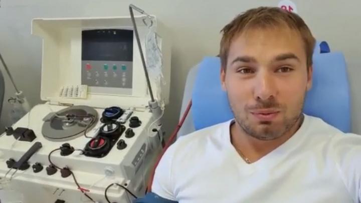 Переболевший Антон Шипулин спасет тяжелых пациентов с коронавирусом