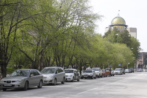 На неприятный запах жители городка жалуются в первый раз