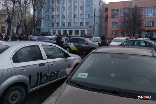 Таксисты устали от агрегаторов и создали... ещё один сервис