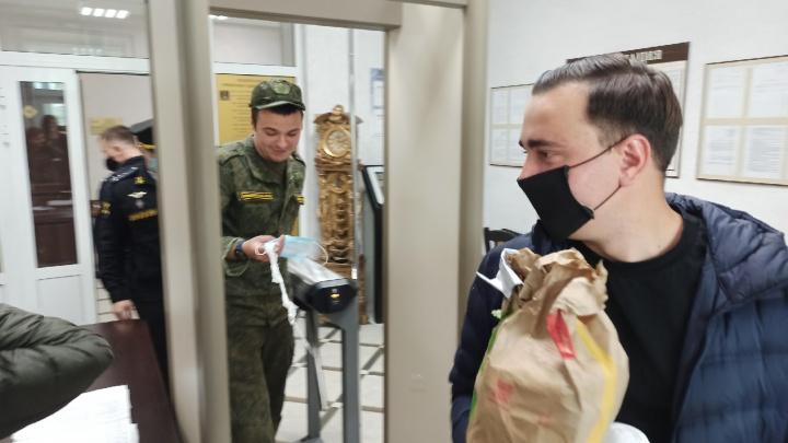 Видео 29.RU: как проходит суд сотрудника ФБК в Архангельске
