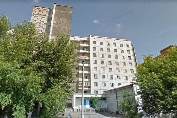 В общежитии проживают 400 человек