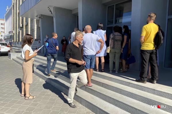 Сегодня волгоградцы вновь собрались в Арбитражном суде