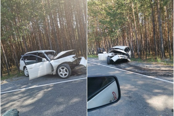 Иномарка выехала на встречную полосу и столкнулась с другой машиной