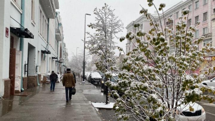 На Красноярск снова обрушится сильный ветер со снегом
