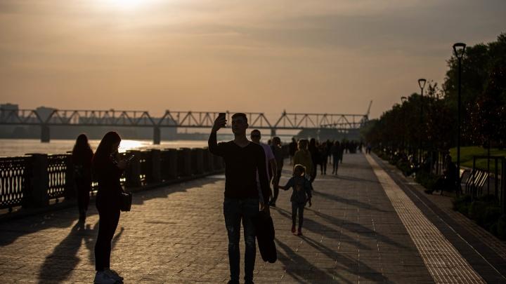 «Останемся так без больниц». Вирусолог спрогнозировал, к чему могут привести массовые гуляния в Новосибирске