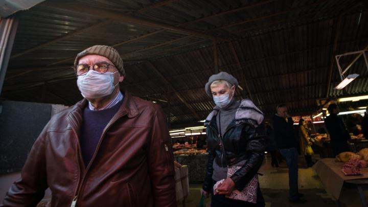 Как выживают волгоградские рынки в условиях пандемии: фоторепортаж из торговых рядов