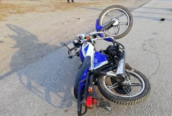 На Южном Урале пьяная бесправница сбила троих детей, катавшихся на скутере. Один из мальчиков погиб