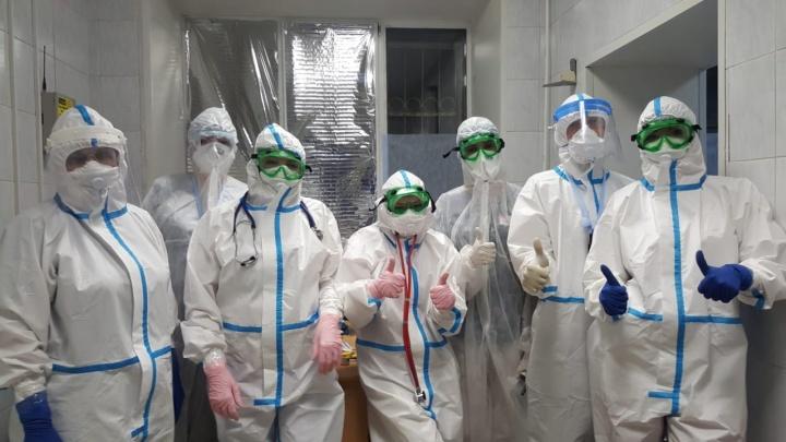 «Чужих пациентов не бывает»: в омскую ГКБ-11 положили 35 вахтовиков с коронавирусом из Якутии