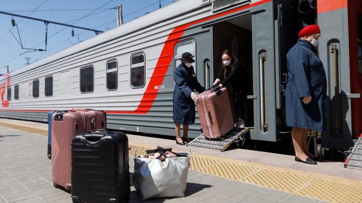 Проверяем всех без исключения: смотрим, как встречают пассажиров на вокзале Волгоград-1