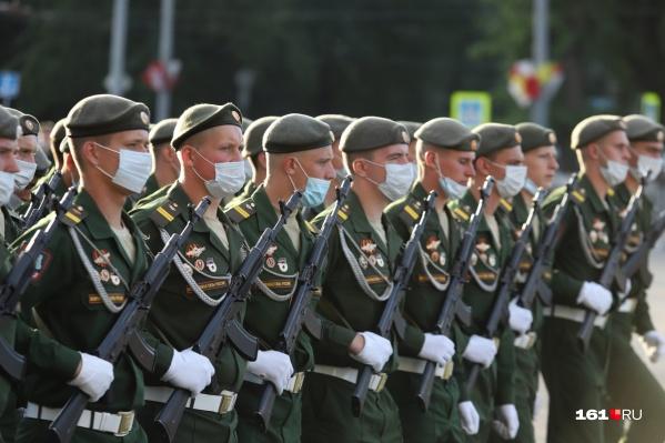 Все военные во время парада будут в масках