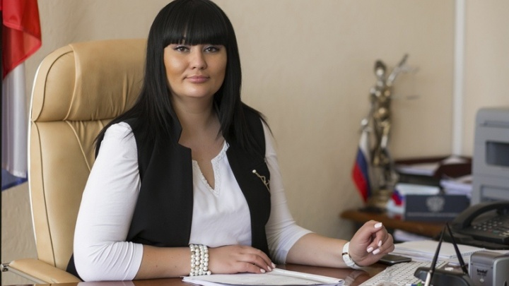 Осужденная за взятку от жены Владимира Зубкова экс-судья Добрынина просит не отправлять ее в колонию