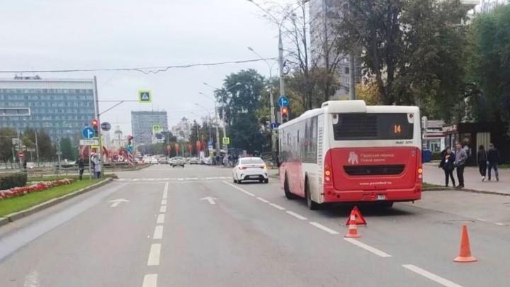 В Перми ищут очевидцев ДТП с автобусом