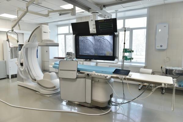 Ангиографы привезут в кардиодиспансер и больницу имени Гринберга