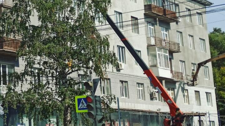 Пермяков предупреждают о строительной пыли на улице Ленина
