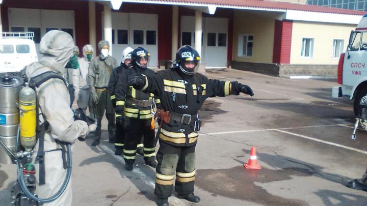 Пожарных Башкирии начали дезинфицировать от коронавируса