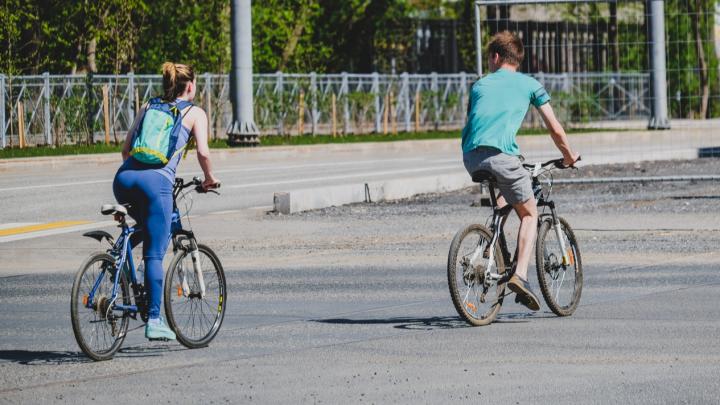 В Перми полиция останавливает детей и велосипедистов. Они что-то нарушают? Разбираемся с МВД и оперштабом