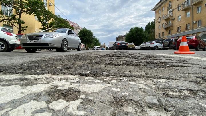 «Будем писать Сергею Шойгу»: в Волгограде оценили ущерб дорогам после прохода танков