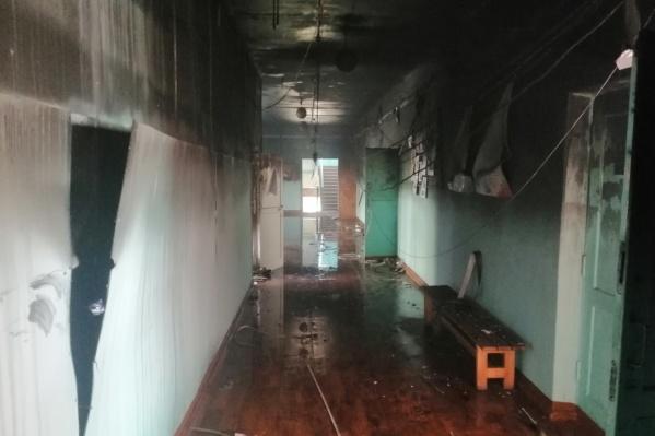 Пожар произошёл в верхнеуфалейской школе № 2