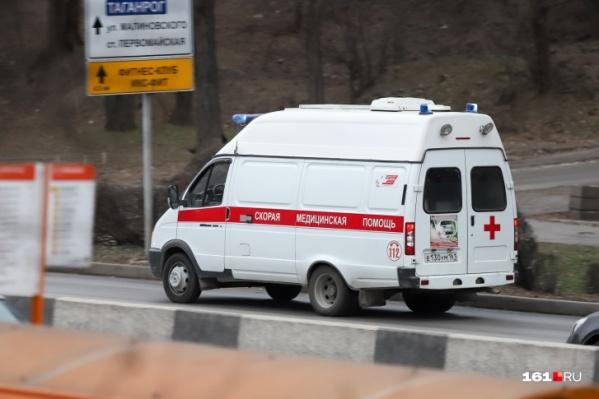"""Одного больного доставили в ростовскую горбольницу <nobr class=""""_"""">№ 20</nobr>"""