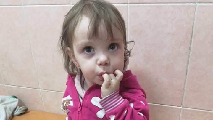 В Воронеже на улице нашли полуторагодовалую девочку. Ее родню ищут в том числе в Прикамье
