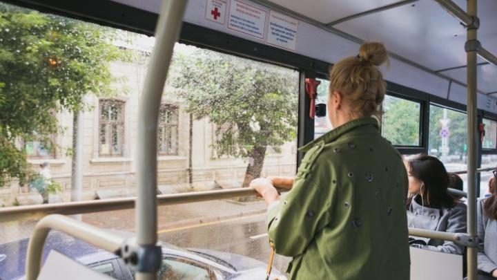 Убранный в угоду троллейбусам из центра автобус №91 признали нерентабельным