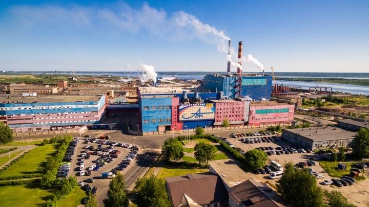 Маски — для техникума, вестибюль — для больницы: АЦБК опять поддержал Новодвинск во время пандемии