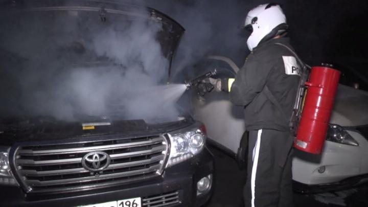 Вы можете сделать только хуже: как спасти машину от огня и что делать, если она всё же загорелась