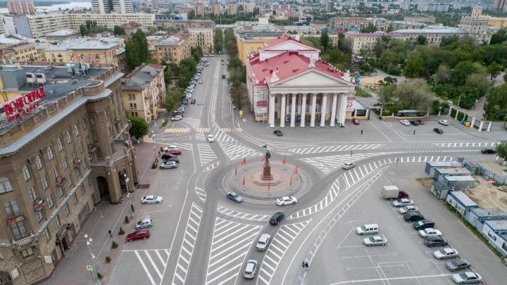 Волгоградскую область накроют грозовые дожди и сильный ветер