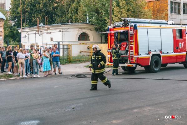 Пожарным потребовалось 25 минут для тушения огня, но, к сожалению, без жертв не обошлось