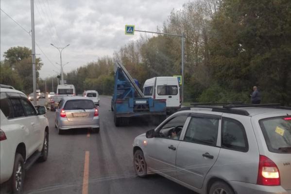 Авария произошла недалеко от остановки«Матвеевка»
