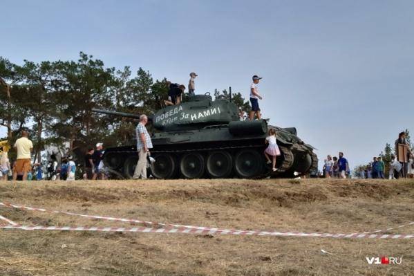 Волгоградцы смогут увидеть реконструкцию боев за берег Волги в исполнении реконструкторов из разных городов