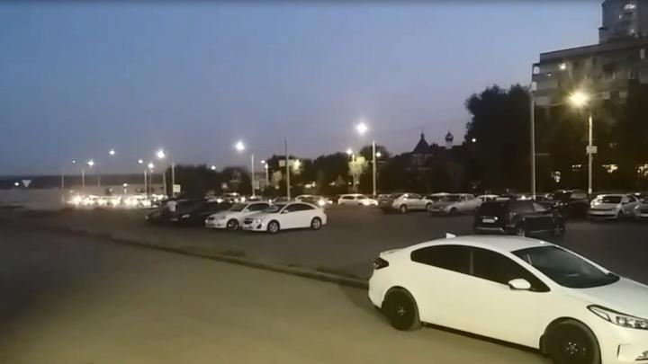 Волгоград застыл в пробках после отмены футбольного матча