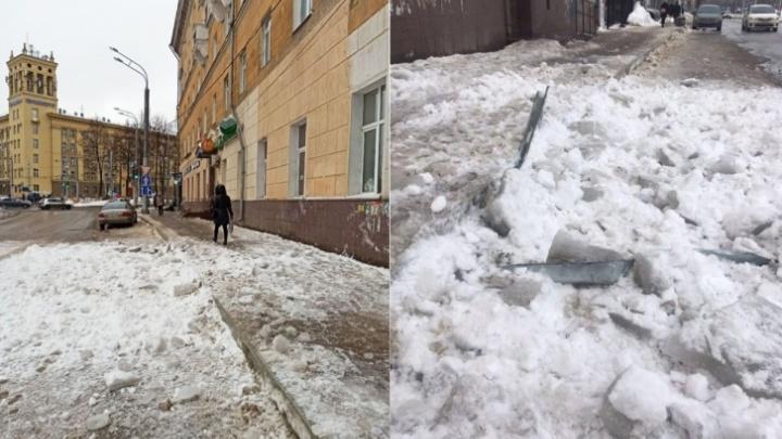 В Перми после падения наледи на семилетнюю девочку и пенсионерку возбудили уголовное дело