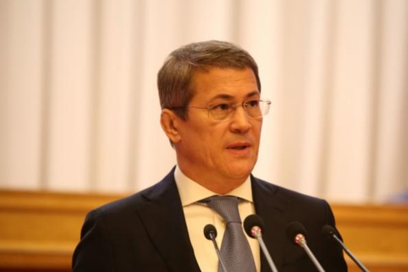 Глава Башкирии выразил опасения по поводу начала учебного года