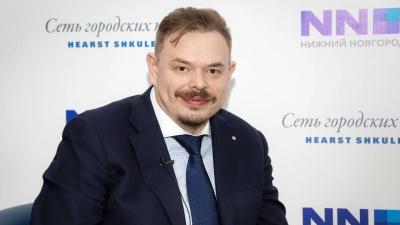 Главное из прямого эфира с министром образования Сергеем Злобиным: карточки NN.RU
