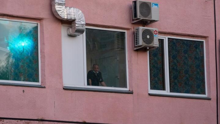 В омской больнице имени Кабанова оказались закрыты 417 пациентов
