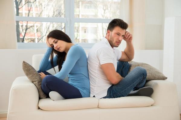 Постоянная усталость, нарушение сна и переедание могут быть сигналом о проблемах с вашей «щитовидкой»