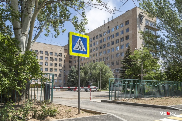 Основная клиническая больница Волжского готовится стать инфекционным госпиталем