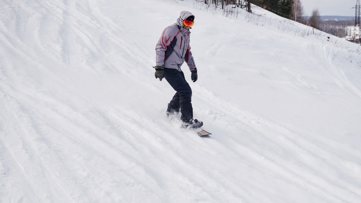 Скатиться с горы и сэкономить: лыжникам и сноубордистам предложили экстремально выгодные условия