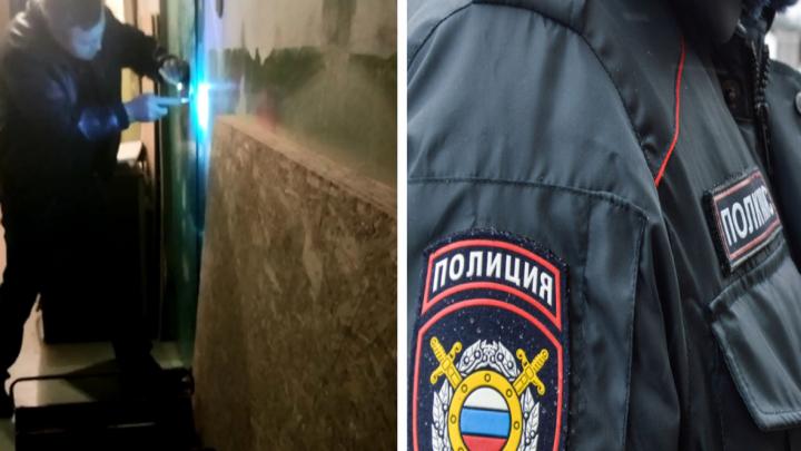 Почему полицейские отказались вскрывать дверь на ЖБИ, где удерживали заложницу? Разбираемся с адвокатами